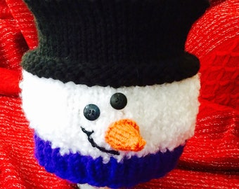 Knitted Snowman with Top Hat pattern - it's easy!