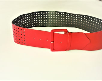 RED Vintage Belt ... a Fashionista Statement Piece can fit for S and M