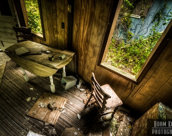 Abandoned House Kitchen - Urbex, Urban Decay Photography