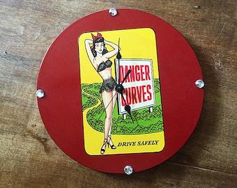 Pin up girl wall clock retro decor vintage Fifties rockabilly burlesque kitsch