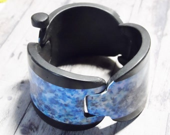Bracelet fully articulated any polymer fancy blue and purple stripes black