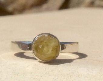 US 8.5, Raw Yellow Beryl Ring, Yellow Beryl Silver Ring, Rough Gemstone Ring, Yellow Stone Ring, Natural Yellow Beryl Gemstone Silver Ring