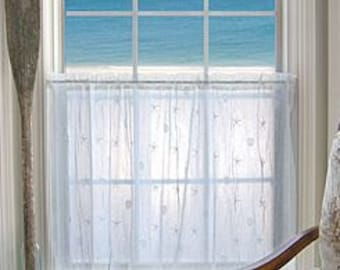 White Lace Seashell Curtain