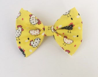 Chicken hair bow, farm animal bow, yellow bow, spring bow, baby bow, hair accessories, toddler bows