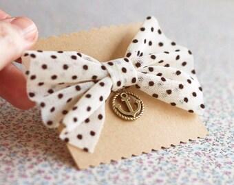 Nautical Anchor Navy Brooch.Sailor brooch.Vintage Style Anchor Brooch.Sailor Bow brooch.Nautical Pin.Anchor Pin.Beach Wedding gift.Boat pin.