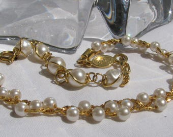 Retro NAPIER Tagged Convertible Wrist or Ankle Chain Bracelet, Threaded Faux Pearls and Delicate Gold Chain