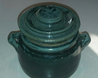 Beautiful Brunswick Green Pinch Pot Dish