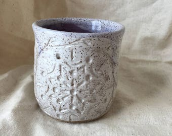 Mandala Mug in Speckled White