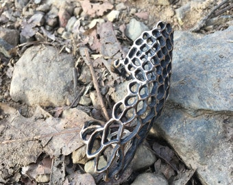 Cast Fish Scale Patterened Double Ring
