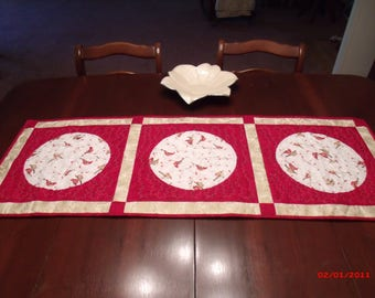 Cardinal Table Runner, Pieced and quilted Table Runner, Red and Gold Table Runner, Mother's Day gift, Birthday gift