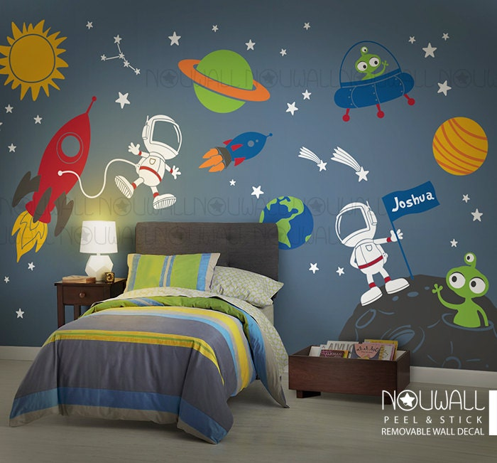 ?zoom & Space wall decal Planets Astronaut Boy Star kids Rocket