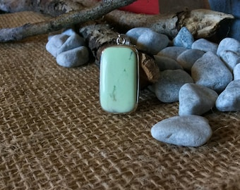 Lemon chrysoprase pendant