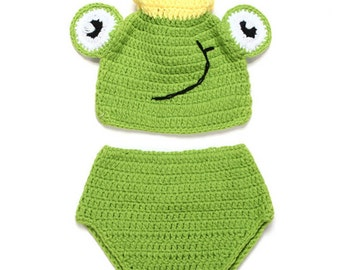 Newborn Photography Prop, Smiling Frog Outfit, Frog Hat And Diaper Cover, Party Costume, Photo Props, Crocheted Green Frog, Girl Or Boy