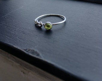 Memory Knot Peridot Ring in Sterling Silver - Made to Order