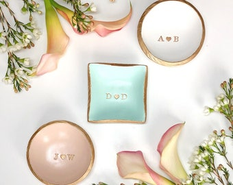 Personalized Ring Dish / Initials and Heart / Gifts for Her / Engagement Gift / Personalized Jewelry Dish / Bridesmaids Gift / Wedding Gift