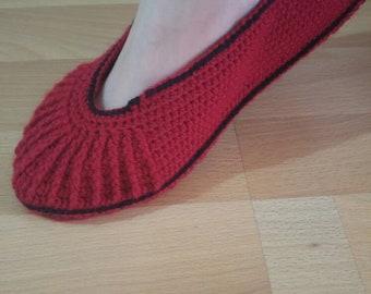 Handmade knitting booties in various colors