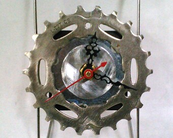 Recycled Bicycle Sprocket & Spoke Desk Clock - Natural colors