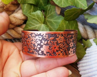 Flower Jewelry Cuff, Flower Bracelet, Floral Design Jewelry, Flower Gift for her, Copper Cuff, Boho Jewelry, Ready to Ship
