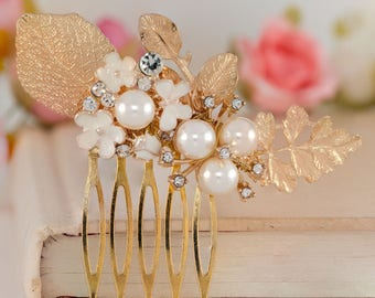 Three-in-one set Wedding headpiece, Bridal Hair comb, Wedding Accessories, Pearl and crystal Headpiece, Bridal Hair Jewelry