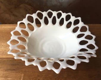Vintage 1940s Westmoreland Milk Glass Doric Lace Edge Oval Bowl