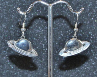 Sterling Silver Ringed Planet Dangle Earrings. Ringed planets, galaxy, space, sci-fi, NASA, nickel free and hypoallergenic.