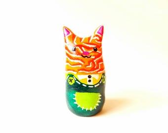 Cat figurine - Cat decor - Cat sculpture - Polymer clay cat - Polymer clay cat - Cat miniature - Terrarium figurine - Fairy garden cat
