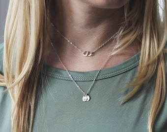 Mother's Day Gift, Personalized Disc Necklace, Gold Initial Necklace, Gift for Mom, Wife Gift, Mommy Necklace, Sister Gift, Initial Jewelry