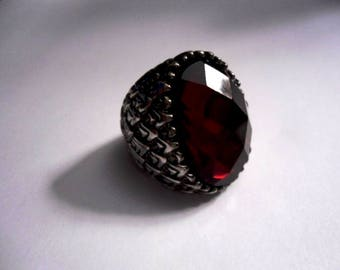 Victorian Ring Fashion Jewelry with Large Red Faceted Oval Stone Scalloped Edge Size 7 Statement Ring Jewelry Mothers Day Statement Ring