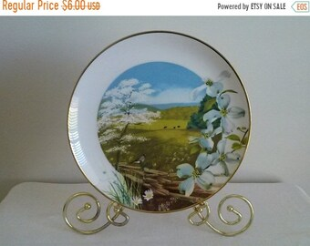 EXTRA 50% OFF Royal Windsor Collectible Plate//Flowering Dogwood Wildflowers of the South//Collectible Plate//Wall Art