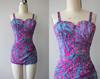 1950s vintage bathing suit / 50s one piece swimsuit / 1950s pink purple blue swirls swim suit / vintage swimwear / sweetheart neckline / S M
