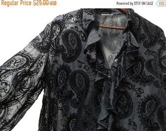 SALE Black Velvet Paisley Blouse with Ruffle collar - Vintage - Size M L