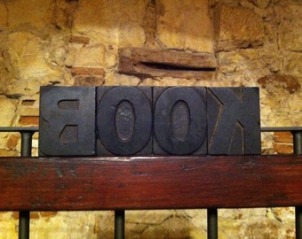 Typeface typography letters LOVE vintage 30s