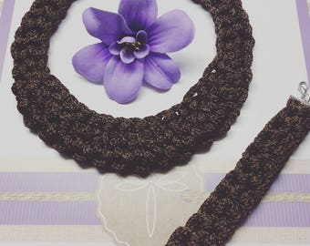 Necklace and bracelet knitting and crochet