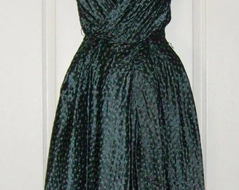 Vintage Brilliant 1940-50's Green Rembrandt Dress Gown 36
