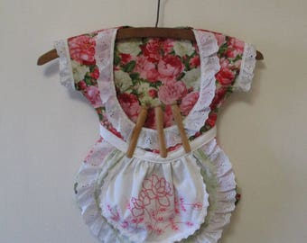 Vintage Pink Floral Handmade Dress Clothespin Bag One of a Kind Clothes Pin Holder