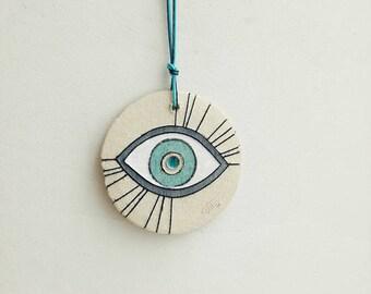 Ceramic eye wall hanging, stoneware clay eye in white, blue and beige, Greek good luck eye, blue eye wall hanging, boho eye decor