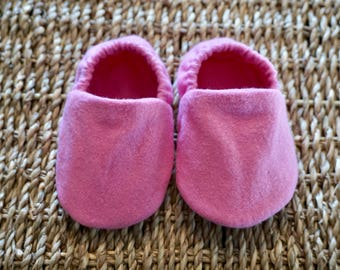 Pink Baby Shoes, Crib Shoes, Soft Sole Baby Shoes, Baby Bootie, Baby Moccs, Baby Moccasins, Baby Booties, Baby Shower Gift