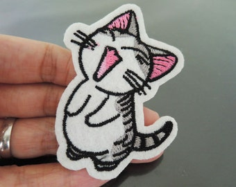 Iron On Patch - Happy Little Cat Kitty Patches Animal patch Applique embroidered patch Sew On Patch
