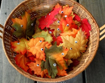 Free Ship, Maple Leaf Peeper Pins,  Artificial Maple leaves,  Autumn Leaves, Red, Orange, Yellow, Fall Colors, Wiggly Eyes, Ornament,