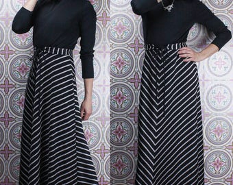 70's Black & Silver Gown, Evening Maxi Dress, Semi Formal by Numode, Size Medium