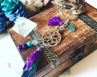 Dreamcatcher Keychain. Charm Tassel Keychain. Silk Tassel Flower of Life Keychain. Gift for her. Wedding bridesmaids gifts. Yoga keychain