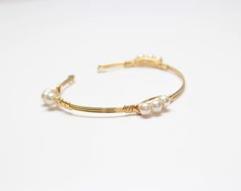 Gold Tone Brass, Wire-Wrapped Pearl Bracelet