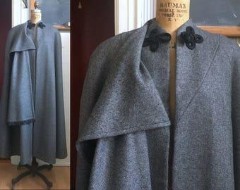 S/M Wool Tweed Cape Vintage 60's Handmade Grey/Black/White Weave Frog Closure Well Made Perfect Christmas Caroling Coat