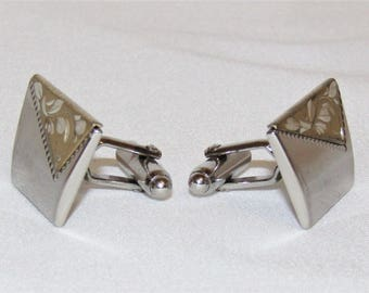 "Vintage ANSON Men's Trapezoid Etched Gold & Silver Tone Cuff Link Set - 1 1/8"" W"