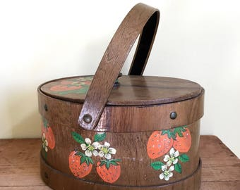 Vintage Wooden Basket, Box, with Handle, Hand Painted, Strawberries, Country Chic, Farmhouse Decor