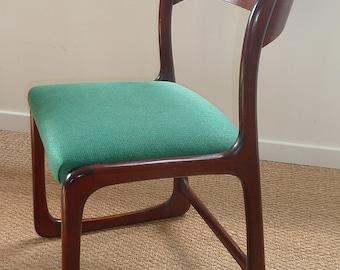 Baumann's green chair