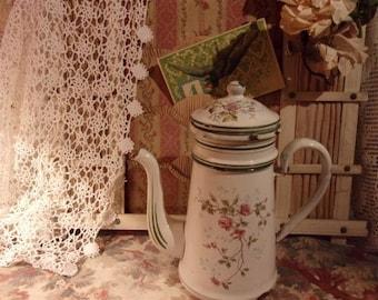 A nice old vintage enamel coffee pot
