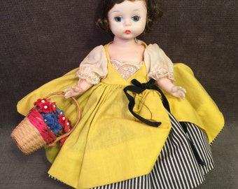 Vintage Madame Alexander Bent Knee French 8 inch Doll