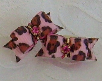 3/8 Pink Leopard Spot Bows