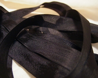 Onyx Black Vintage Seam Binding Ribbon